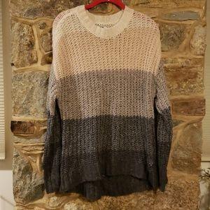 Sz medium oversized sweater aeo